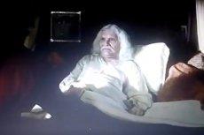 """Scena z """"Korony królów"""" z umierającym Łokietkiem sprawiła, że zmieniliśmy zdanie o serialu TVP."""