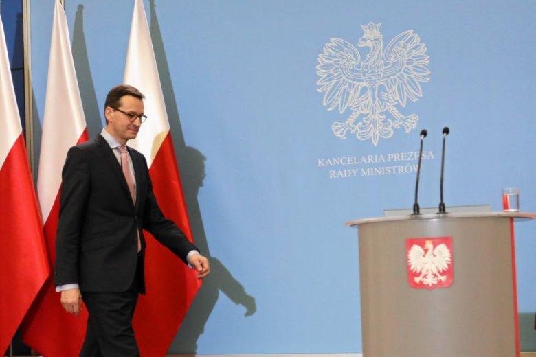94219d8044abf Mateusz Morawiecki wraz ze stanowiskiem premiera, objął po Beacie Szydło  stanowisko mema.