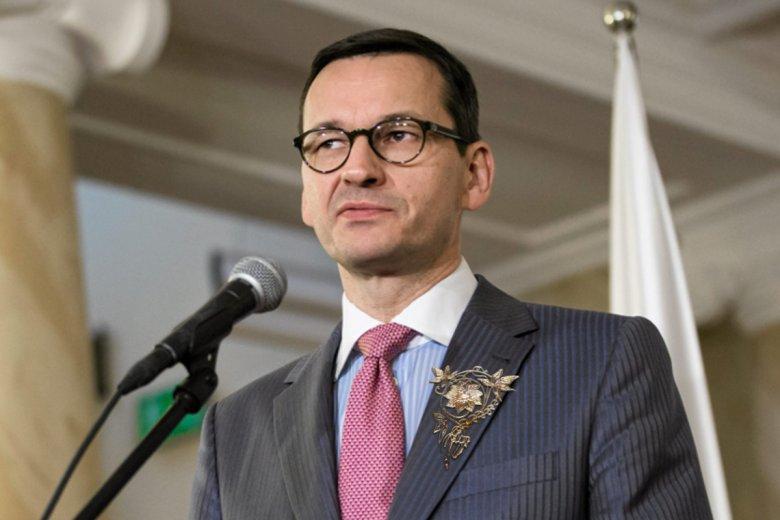 Atrybut władzy premierzej już w marynarce Mateusza Morawieckiego.