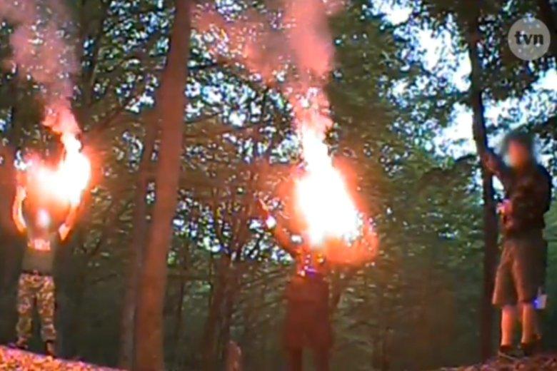 A po wieszaniu zdjęć opozycji na szubienicach, poszliśmy do lasu wielbić Hitlera.