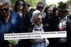 Proboszczowi nie spodobał się pogrzeb Kory.
