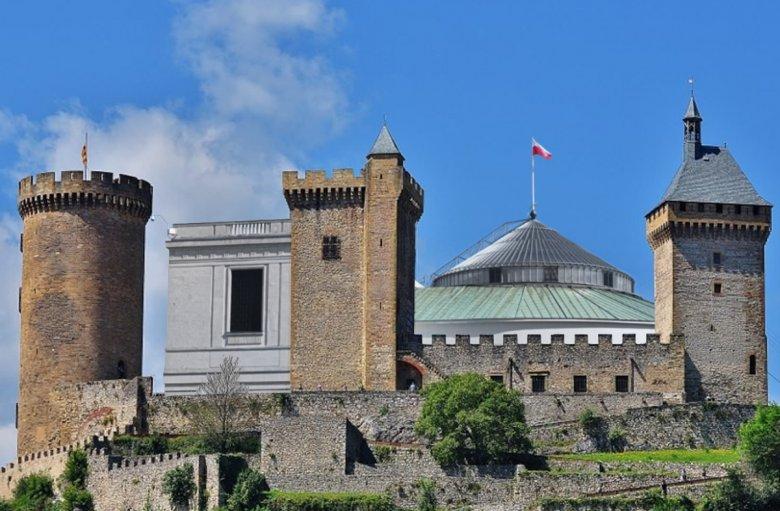 W Czarny Piątek posłowie zmienili Sejm w średniowieczną twierdzę.
